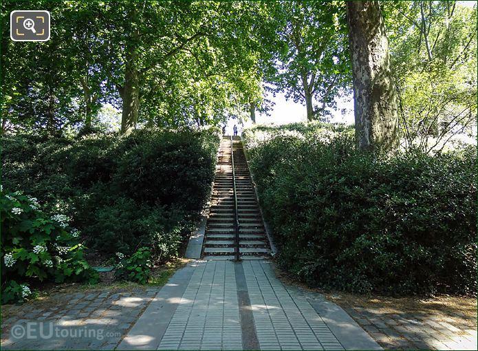 Jardin Yitzhak Rabin Staircase
