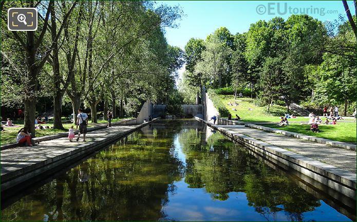 Jardin Yitzhak Rabin Canal Water Feature