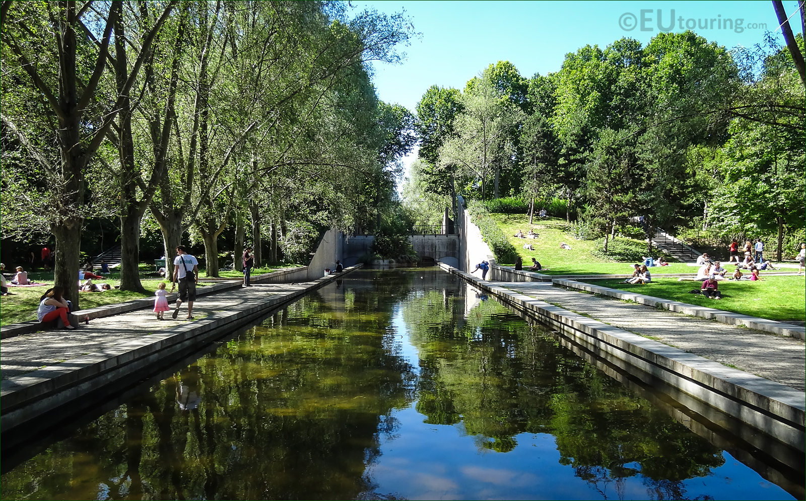 hd photos of the jardin yitzhak rabin gardens in parc de