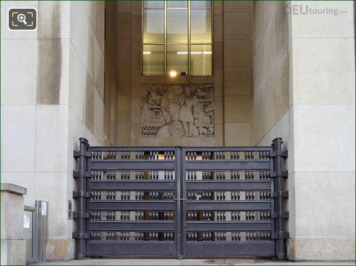 Theatre National De Chaillot LHS Bas Relief Inside Jardins Du Trocadero Looking South East