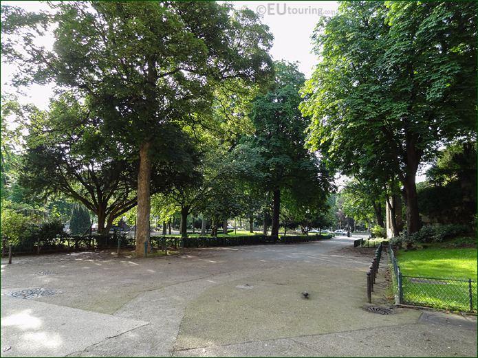 West Side Pathway Within Jardins Du Trocadero Looking South