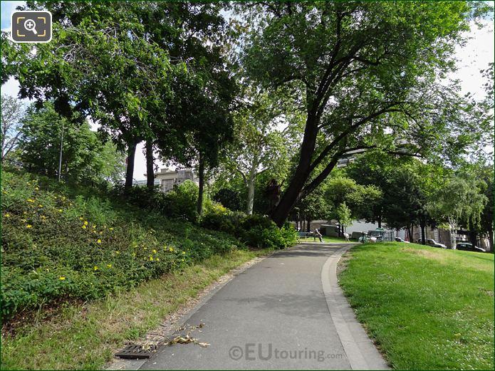 Flower Beds, Pathway And Evergreen Shrubs In Jardins Du Trocadero Looking North East