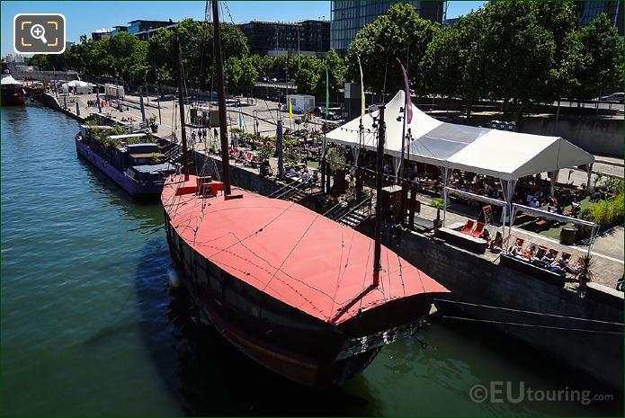 La Dame De Canton River Seine