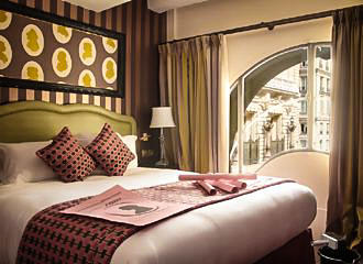 La Maison Favart Double Bedroom