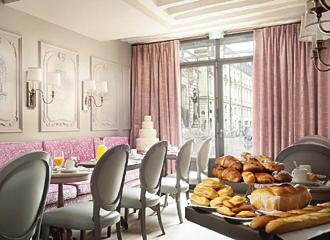 La Maison Favart Breakfast Room