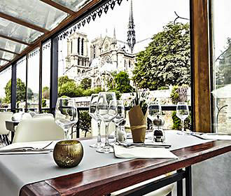 La Nouvelle Seine Restaurant Tables