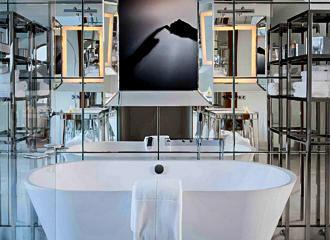 Le Royal Monceau Signature Suite Bathroom