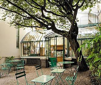 Le salon de tea du musee de la vie romantique in paris - Salon de l erothisme ...