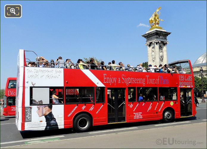 hd photos of les car rouges open top tour buses in paris page 1. Black Bedroom Furniture Sets. Home Design Ideas