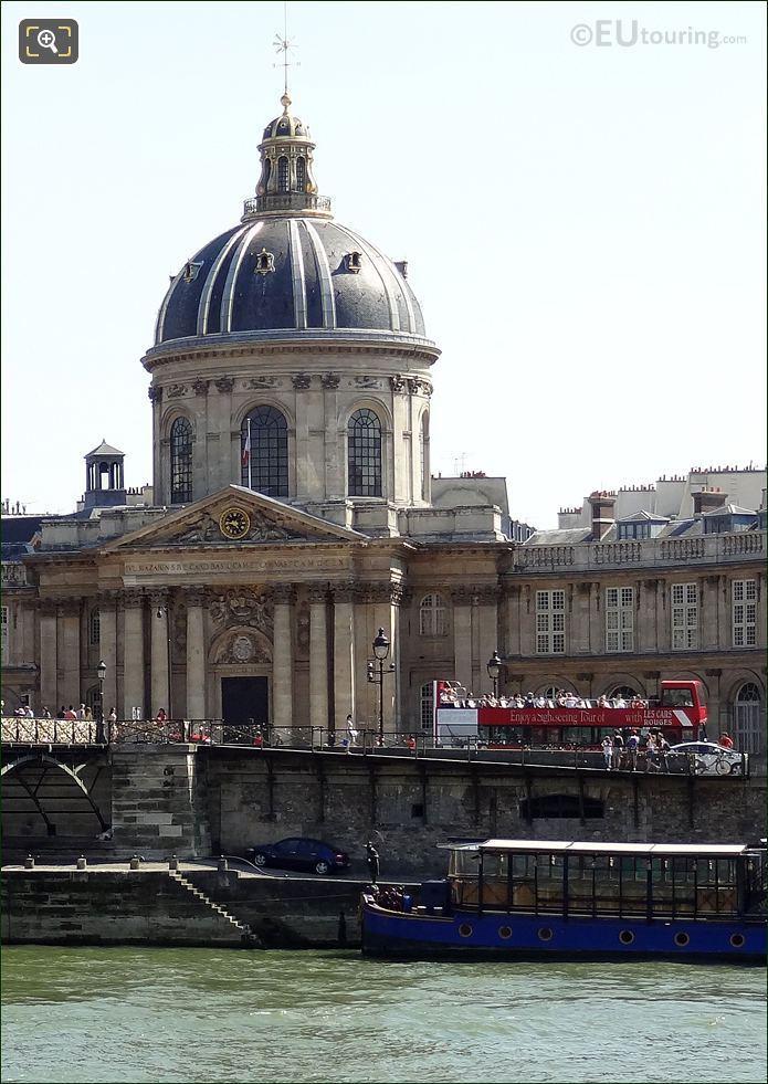 Les Car Rouges At Institut de France