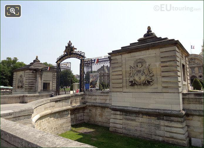 Hotel Les Invalides Front Gates