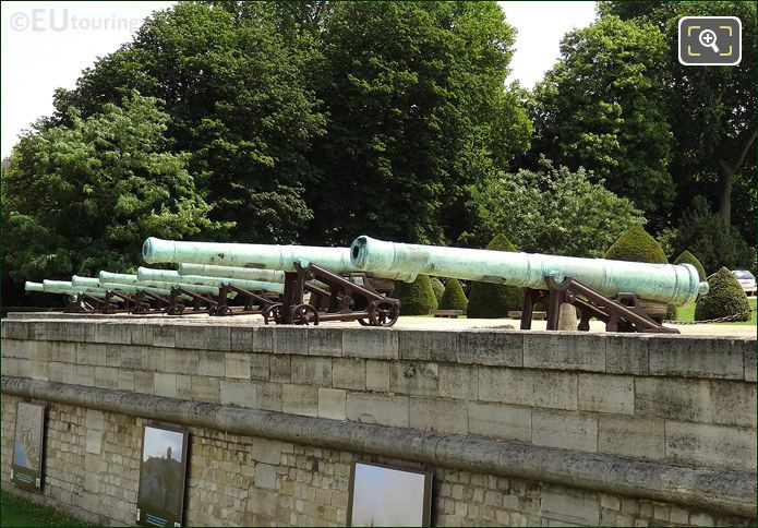 Old Cannons Les Invalides