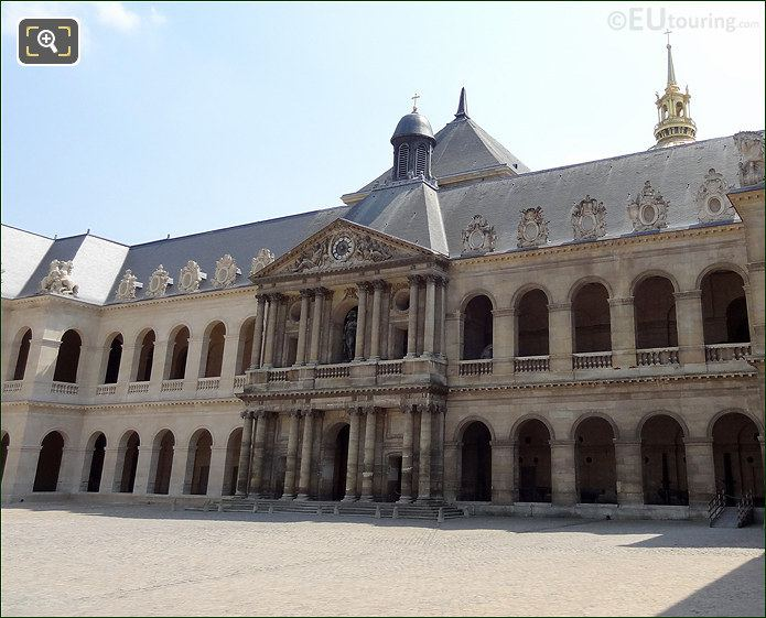 Hotel Les Invalides Cour d'Honneur South Side