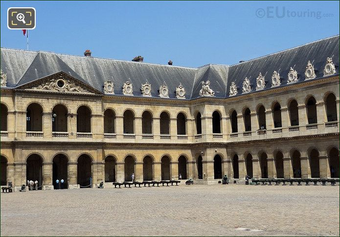 Hotel Les Invalides Cour d'Honneur South Wing