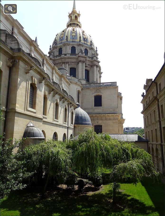 Hotel Les Invalides Hidden Garden