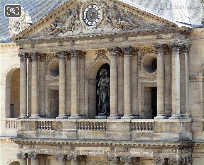 Les Invalides Napoleons Statue