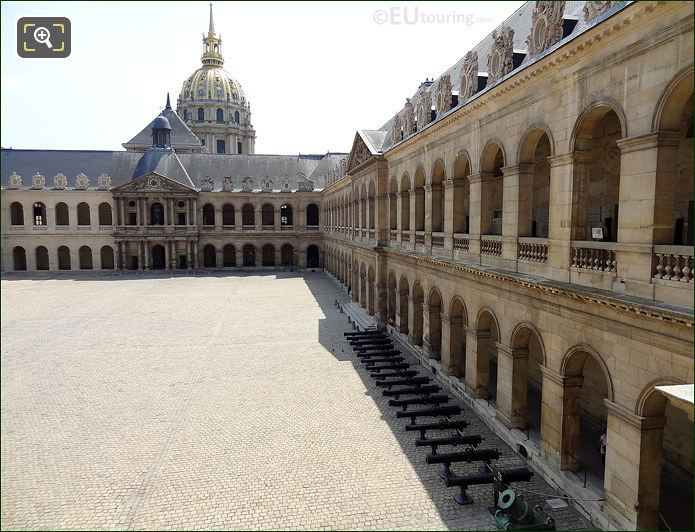 Les Invalides Courtyard And Eglise Du Dome