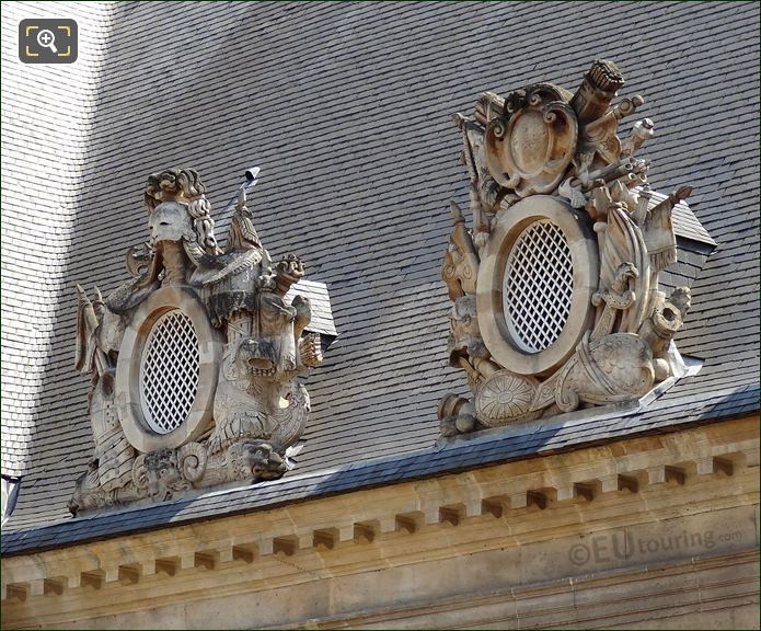 Les Invalides Roof Sculptures
