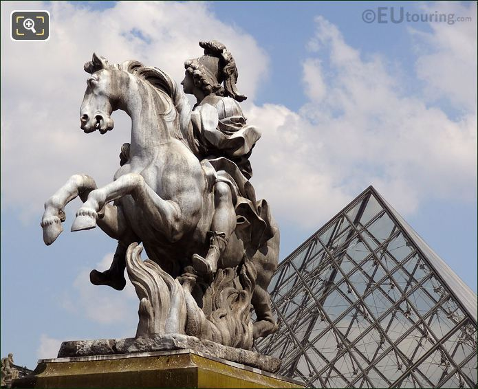 Louvre Museum And The King Louis XIV Statue