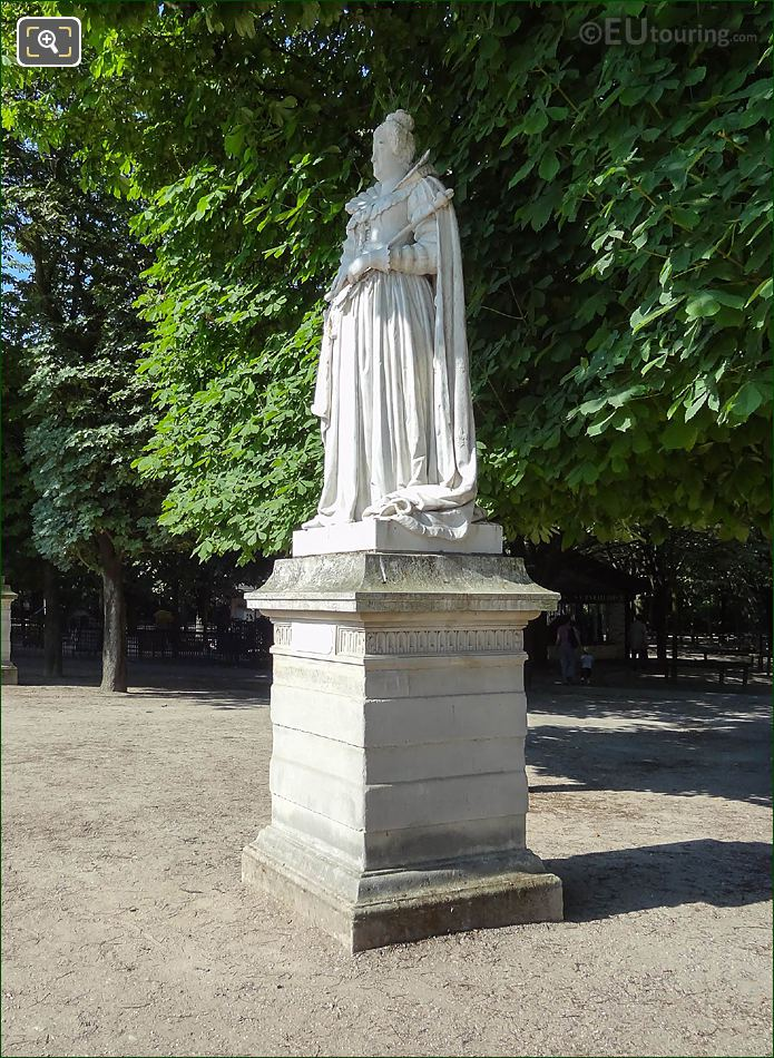 Marie De Medici Statue On West Terrace In Jardin Du Luxembourg