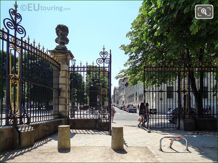 Jardin Du Luxembourg South Gate Pedestrian Entrance Rue Auguate Comte