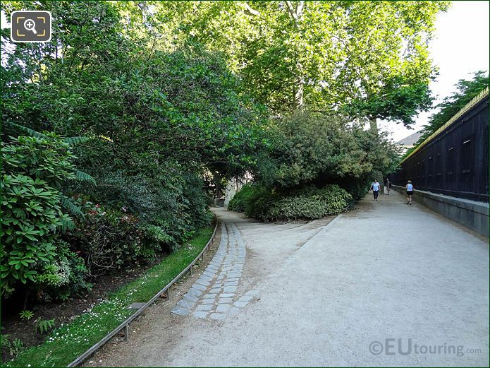 Jardin Du Luxembourg North Eastern Perimeter Pathway Looking Northerly