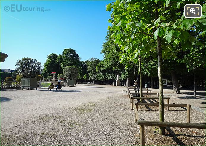 Semicircular Western Terrace In Jardin Du Luxembourg
