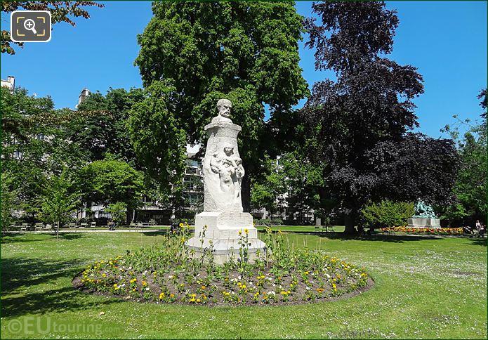 Jardin Du Luxembourg Paul Verlain Monument Western Side