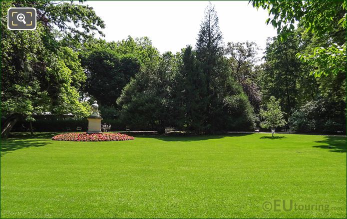 Luxembourg Gardens Grass, Flowerbeds And Trees