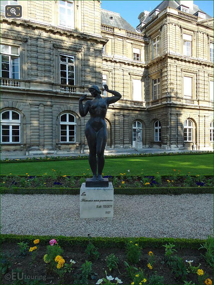 Luxembourg Gardens La Femme Aux Pommes Eastern Facade Palais Du Luxembourg