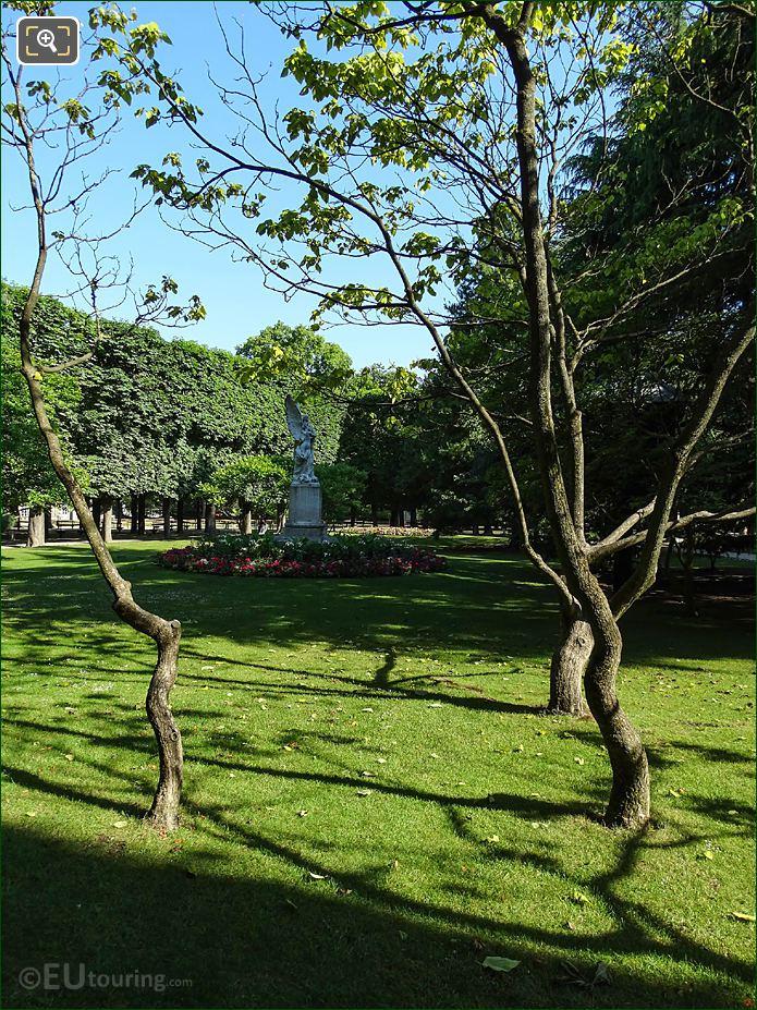 Jardin Du Luxembourg South View Of Leconte De Lisle Monument