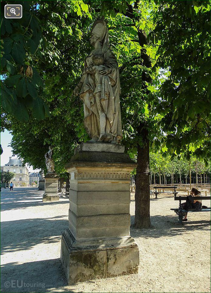 Jardin Du Luxembourg Marguerite d'Anjou Statue East Terrace