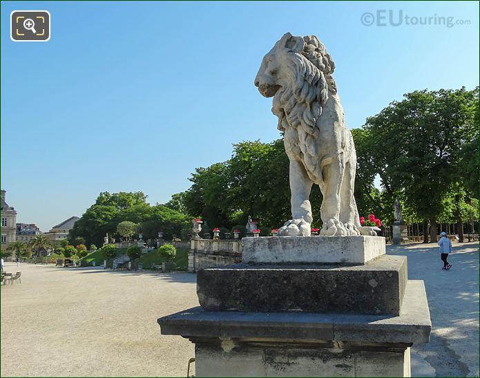 Jardin Du Luxembourg East Terrace Lion Statue