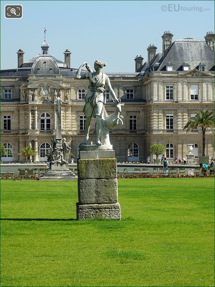 Jardin Du Luxembourg Goddess Of The Hunt Statue Central Garden