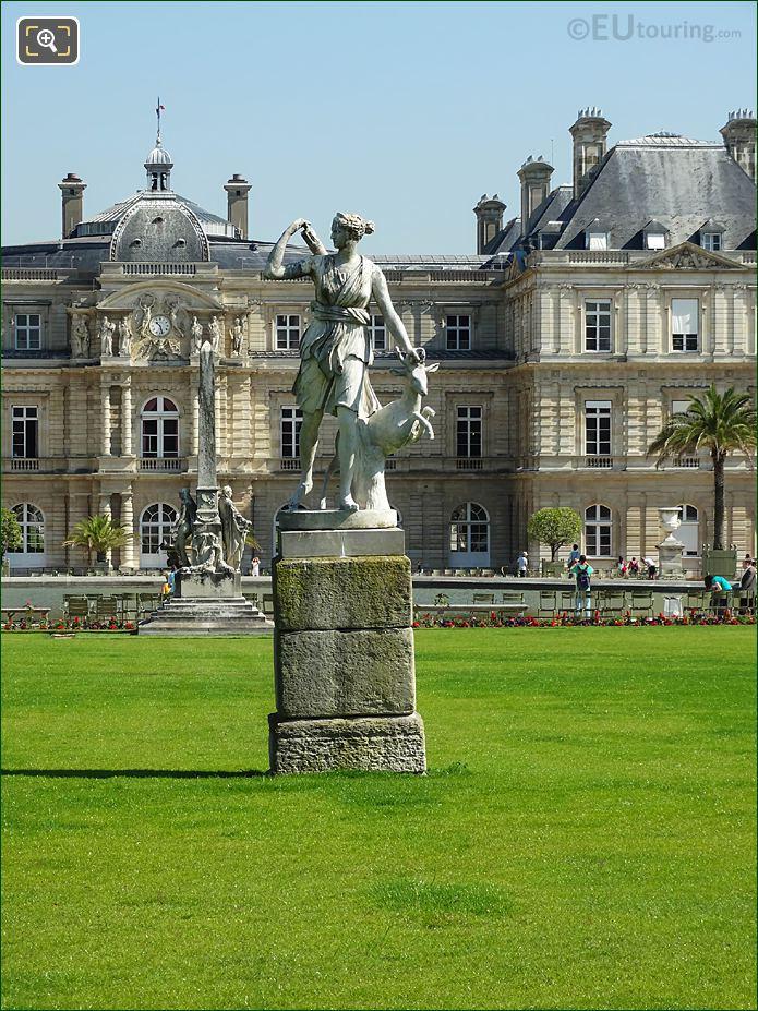 Jardin Du Luxembourg Goddess Of The Hunt Statue Central Garden