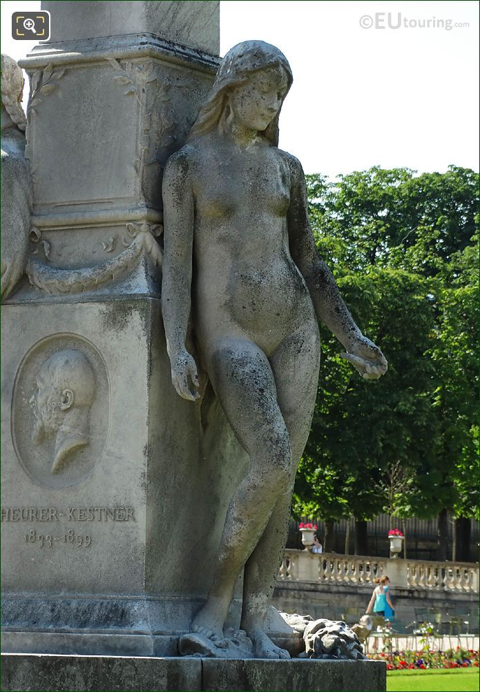 Jardin Du Luxembourg Statue Truth In The Central Gardens