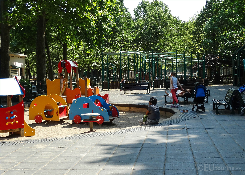 of children s playground in Jardin du Luxembourg Page 33