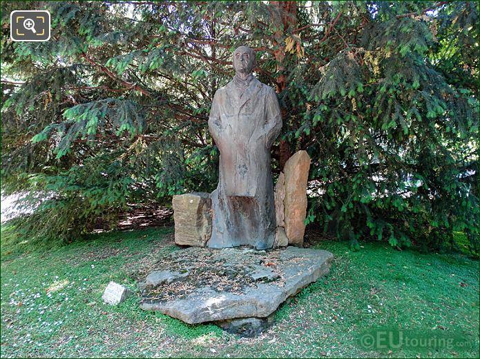 Jardin Du Luxembourg Pierre Mendes France Monument South End