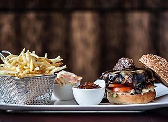 Ma Chere et Tendre steakhouse burger