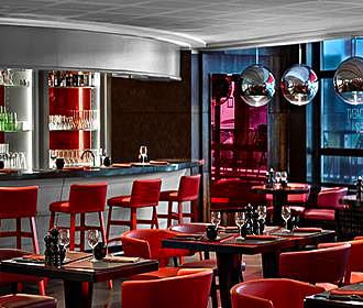 Ma Chere et Tendre steakhouse bar