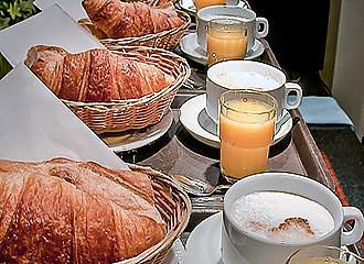 Marys Hotel breakfast