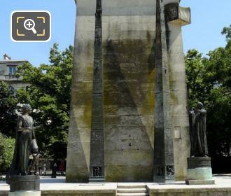 Monument des Droits de L'Homme Statues