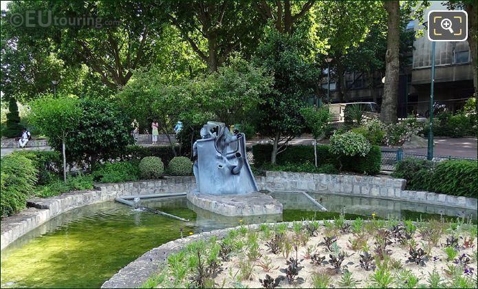 Modern Art Water Sculpture