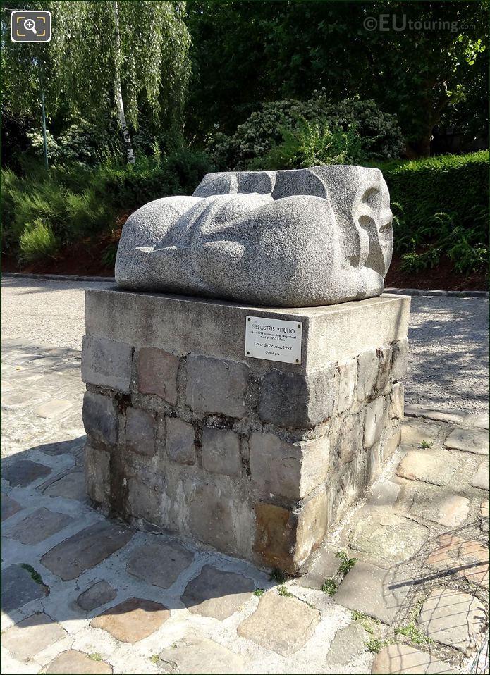 Coeur De Gaucho Sculpture