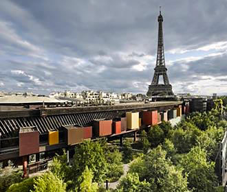 Musee Du Quai Branly Building And Gardens