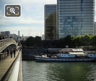 Nix Nox Barge