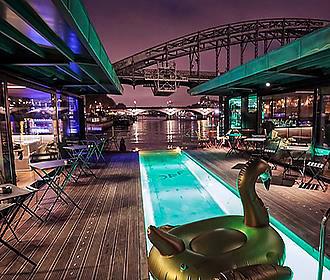 OFF Paris Seine plunge pool