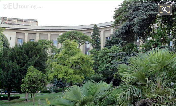 Palais Chaillot And Jardins Du Trocadero