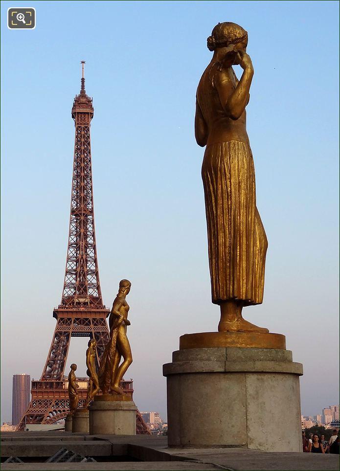 Palais De Chaillot In Paris