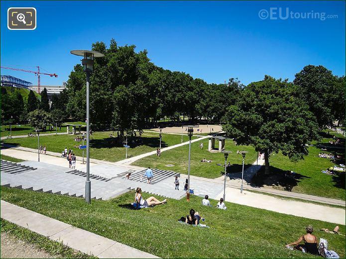 Les Grandes Pelouses Bercy Park